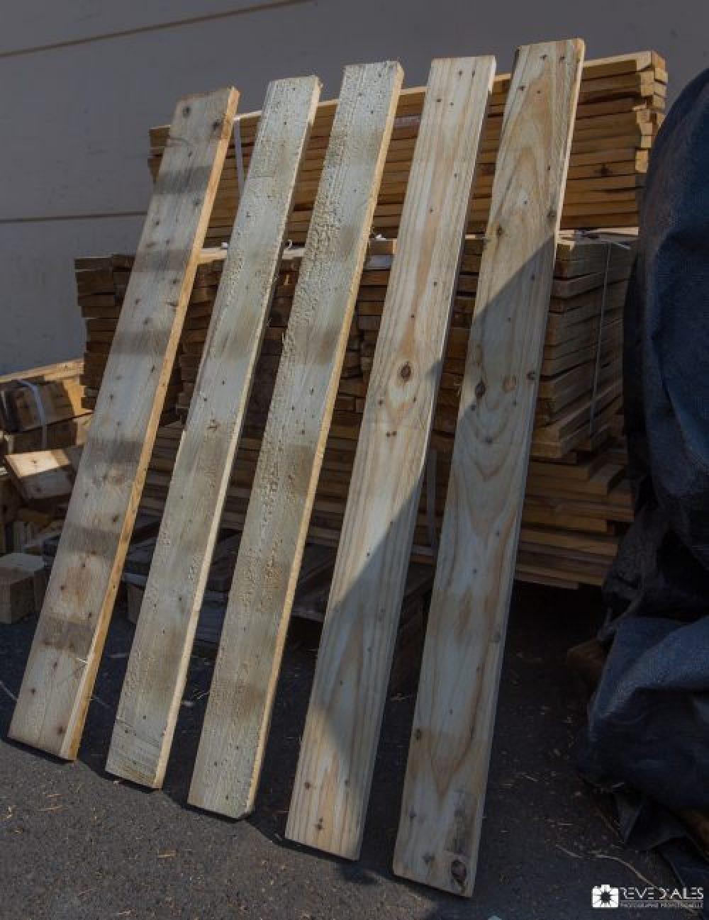 Planches en bois de palettes.