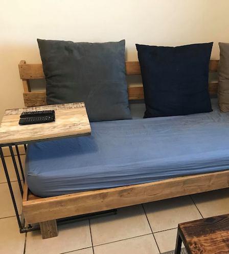 plateau canapé lit metal
