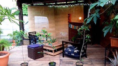Terrasse et table en bois